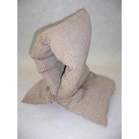 実用とインテリア性を兼ね備えた防災頭巾 内側にポケットが付いていてマスクやハンカチ入れになっています...