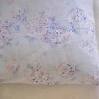 いつもサラッとした肌さわり吸汗性にすぐれ高温多湿な日本の風土に適した冷感素材です。織物に独特なシボ(...