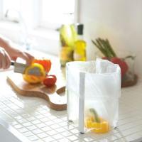 <商品説明> 調理台に置いてスーパーのポリ袋を掛ければ、調理中のゴミ入れになります。グラススタンドと...