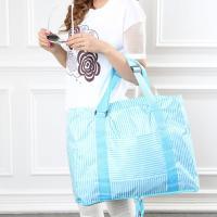 旅行にお買い物に大活躍! 大容量折り畳みバッグ 小さく折りたたんで持ち運びができ、大きく広げて衣類な...