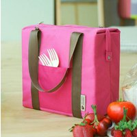 カジュアルで可愛いデザインの保温保冷バッグ。しかも大容量!ピクニックや行楽行事などでの大きなお弁当も...