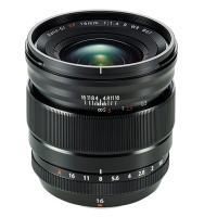 ・世界初 最短15cmの接写ができる大口径24mm相当広角レンズ