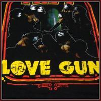 KISS - 77 LOVE GUNNER / キッス オフィシャル バンドTシャツ ロックTシャツ