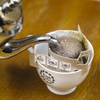 リンク珈琲で人気 No.1 を誇るリンクブレンドを、ドリップコーヒー用に調整して焙煎しました。一般的...