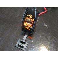 Can-Am SPYDER RT用 発光色アンバー USBソケット|lirica-store|03