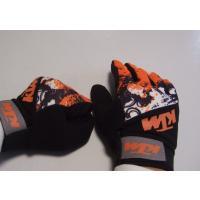 KTM のロゴが入ったオフロードグローブ です。  色は写真の通り、オレンジと黒/白です。  素材は...