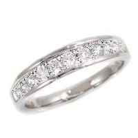 SIクラスの無色透明ダイヤモンド  材質:プラチナ900/ 宝石名:天然ダイヤモンド11石 0.30...