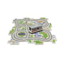 手軽に遊べる車両1両、パネル4枚のベーシックセットです。コースを考えパネルを組むことでお子様の思考力...