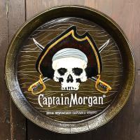 酒樽を切り取ったような見た目のバレルサイン!  樹脂製のサインですが、木製のように木目も再現されロゴ...