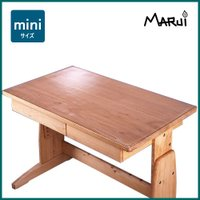 ■スクールデスク、ミニデスク専用サイズのマットです。  本物の木でできた机の天板は、とにかく汚れがつ...