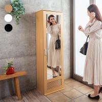 扉を閉めれば姿見として、開けばシューズボックスへと変身。棚板は可動式なのでブーツの収納もOK!通気性...