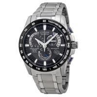 シチズン CITIZENの男性向け腕時計です。   シチズン(CITIZEN)は、1918年に創業し...