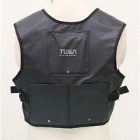 TUSA ウェイトベスト単品ダイバーの胸部(肺)周りの浮力が抑えられ、水中での重量バランスが向上しま...