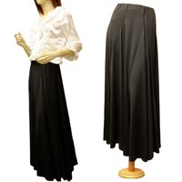 ★スカートのみの販売です ・総ゴム ・マチありスカート ・薄いジャージのような生地 ・ポリエステル ...