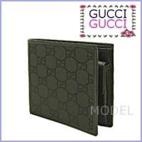 人気の二つ折り財布のフレッシュな印象のGGナイロン/黒が入荷しました。内側はレザーでしっかりした作り...