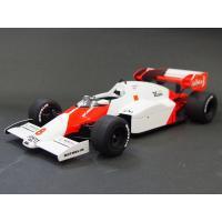 マクラーレン+ポルシェの最速マシン  1984年のF1選手権において16戦中12勝と圧倒的な早さを見...
