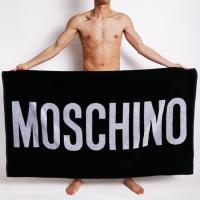 46b7de8cc17 MOSCHINO モスキーノ 大判 ビーチタオル バスタオル ブラック 黒 ロゴプリント 男性水着 スイムウェア