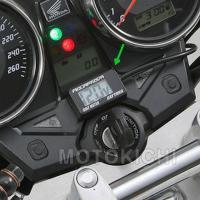 適合車種:直流12V車  コンパクトボディのデジタル電圧計  イグニッションキーに連動して電源のON...