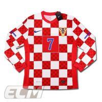 ■商品説明 クロアチア代表のプレイヤーズモデルです。 FCバルセロナで活躍するマキテイッチ選手のネー...