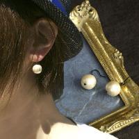 ■両耳 コットンパール シンプルピアス  軽くて着けやすいコットンパール ふんわりとしながらもどこか...
