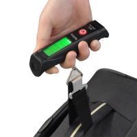 コンパクトな吊り下げ秤! スーツケースや荷物等の計量や、おみやげの重量計算などにも役立つベルト式つり...