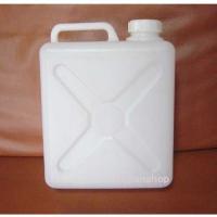 注:この商品は灯油などの危険物にはご利用出来ませんサイズ:180X95Xh230mm 材質:ポリエチ...