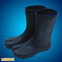 防水タイプですので泥などを含んだ水場作業に最適です。