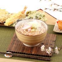 【桜の葉を粉末に色鮮やかさくらうどん】桜の葉を粉末にしてうどんの麺に練りこんだ、色、香り共にさわやか...