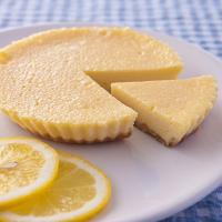 【瀬戸内の陽光と潮風が育んだ 香り豊かなレモンを使用したチーズケーキ】東広島市のイタリアン・レストラ...