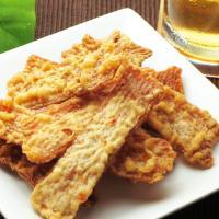 ◆品 名 しっとりするめ天    ◆名 称 魚介類乾製品     ◆原材料 小麦粉,植物性油脂,いか...