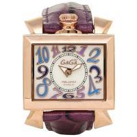 スクエア型のケースが特徴的な腕時計です。 個性的なデザインなので、腕元のアクセントにも♪ ギフトやプ...