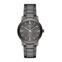 12時位置にブランド名を配置。 インデックスには、バーインデックを採用。 シンプルな腕時計なので、様...