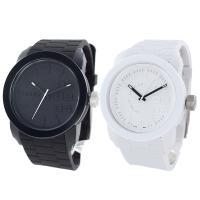 只今もれなくペア腕時計ボックス(リングも収納可能)プレゼント中! ディーゼルフランチャイズシリーズの...