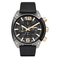 クロノグラフ、デイカレンダー機能搭載のラウンド型腕時計です。 3時位置にはブランド名を配置。 様々な...