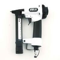 エアータッカー(SK11)エアタッカーt425l sa-t425l-×1(用途)/エアータッカー。 ...