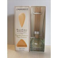 フレグランスブーケは、ヨーロッパで幅広く愛用されている室内用芳香剤です。お洒落な小瓶にスティックを差...
