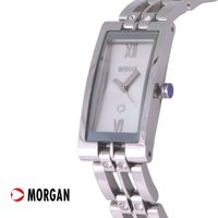 パリの若者にも大人気の【MORGAN】モルガンの時計       涼しげなブレスレットデザイン。さり...
