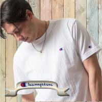 左胸Cロゴ刺繍。 ガーメントウォッシュと呼ばれる加工法で、リアルな古着の表情を追求しています。 生地...