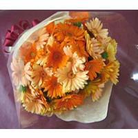 ガーベラの花束 オーダーメイドプレゼント ギフトに(10本からお好みで) ホワイトデー おすすめ