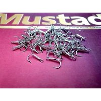 Mustad ラウンドベンドトレブルフック #10 100本セットです。 ノルウェーの老舗 Must...