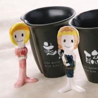 お姫様と王子様の陶器で出来た 可愛らしいスプーンです ユーモア感と癒され感で 息抜きのブレイクタイム...