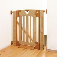 ・拡張フレームが2本ついて、67〜91cmまでの間口に使えるゲートです ・階段上は、69〜93cmの...