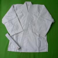 柔道着3点(上着、ズボン、白帯)セットです。 背継、一重織り。