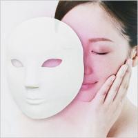 アフロハダ 『LED 美容マスク』  ご使用方法  〇前準備 1.マジックテープバンドをマスクの両側...