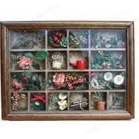 作って楽しい、飾って嬉しいクリスマスキットです。高級感溢れる全面ガラス仕様のコレクションフレーム♪プ...