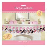 月齢ごとの写真を並べて飾れる!女の子にオススメのピンクのフォトガーランドです。生まれた時から撮ってお...