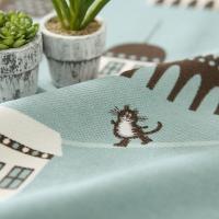 長靴をはいた猫が旅する可愛いカーテン。 カラー:ブルー 機能:アレルG・ウォッシャブル(洗濯可能・洗...