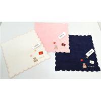 ハンドバッグの刺繍がかわいい小さめのハンドタオルです。  ※ゆうメールでの配送となります。  ポスト...