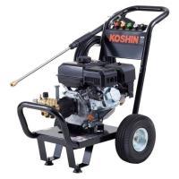高圧力で出力することにより、トラクターなどのガンコな汚れも一掃できます! 電源要らずのエンジン式なの...