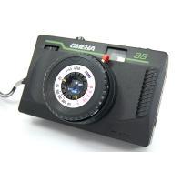 SMENA35はSMENA8Mの弟分といわれているカメラです。 スメハチと同じレンズを使っていて、全...